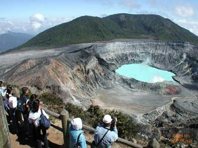 Poas Volcano Tour One Day Tours In Central Valley Costa Rica